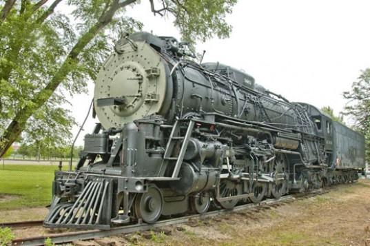 CSR To Build World's First Carbon-Neutral High-Speed Locomotive