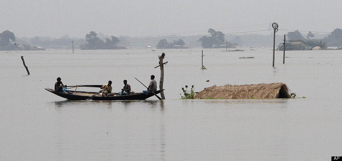 India Floods 2012: Raging Waters Swamp Thousands Of Indian Villages, Killing 27