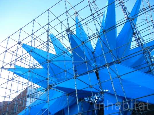 Get a Sneak Peek of HWKN's Giant Blue Smog-Eating Wendy Sculpture Before It Opens Next Week