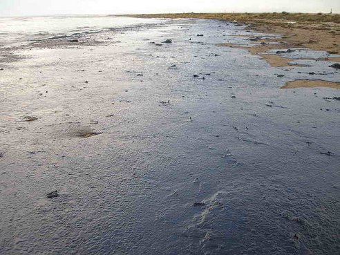 Russia Spills 5 Million Tons of Oil, Equivalent to 6 BP Disasters, Every Year
