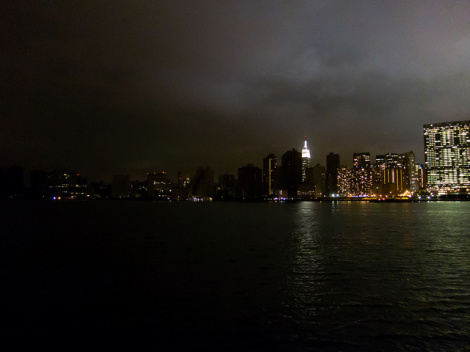 Hundreds of thousands still without power post-Sandy, provoking backlash against utilities