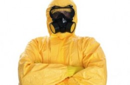 I'm a Hazmat-Trained Hospital Worker: Here's What No One Is Telling You About Ebola