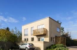 Mighty neighbourly: Pewsey One by Tony Fretton Architects