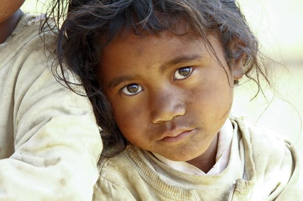 [Imagem: childpoverty_590.jpg]