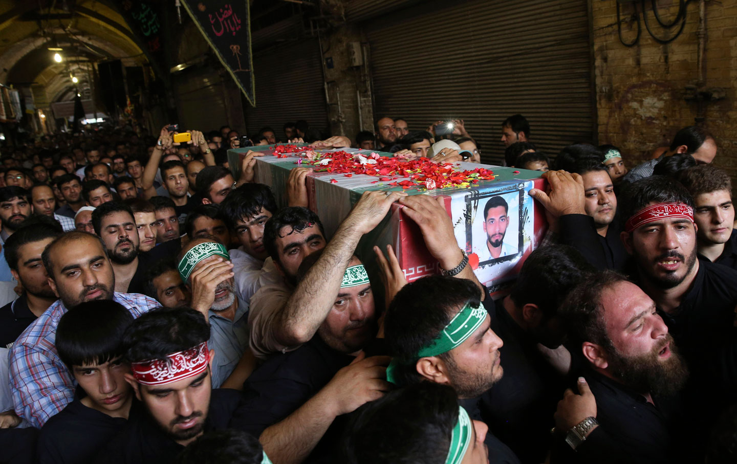 iran_funeral_syrian_fighters_img
